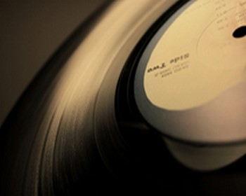 Learn How To Clean Your Vinyl